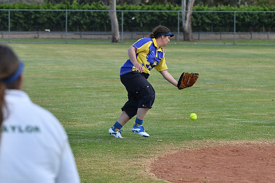 Tracy Liddell (Cobby) almost makes the catch