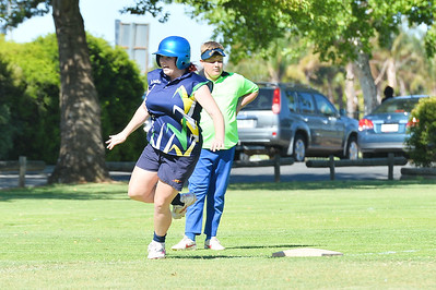 Chelsea Hopper (Loxton) rounds 3rd base