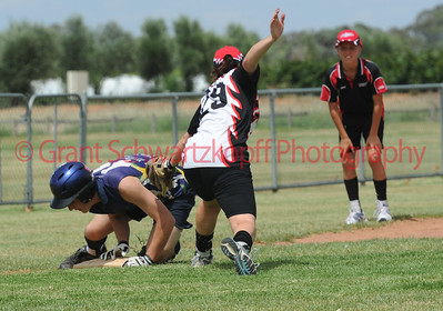 Brett Anderson (Loxton) scrambles for 3rd base Sarah Kuchel (Waikerie) tries to tag out
