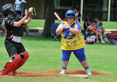 Kendal Hayes (Cobby) batting with Sarah Schiller (Waikerie) catching.