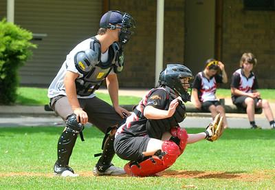 Sarah Schiller (Waikerie) catching. Jason Cuthbertson umpire