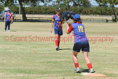 Sue Jungfer (Lyrup) on 1st base takes the ball