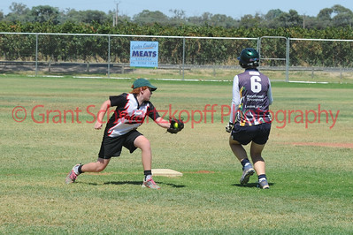 Hayley Symens (Loxton) tries to be tagged out by Nick Hocking (Waikerie) at 2nd base