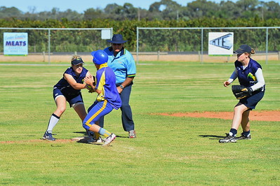 Chloe Passmore (Cobby) steals to 2nd as Emma Nykeil (Loxton) tries to tag her out