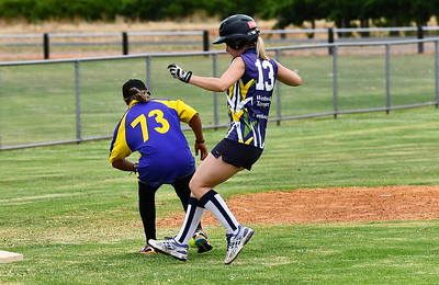 Rachel Wagner (Loxton) safe at 3rd