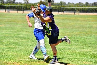 Angela McCann (Renmark) makes it safe back to 1st as Mel Bristow (Loxton) misses the return