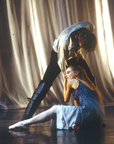 'Edward II' Ballet performed by Birmingham Royal Ballet, UK 1997