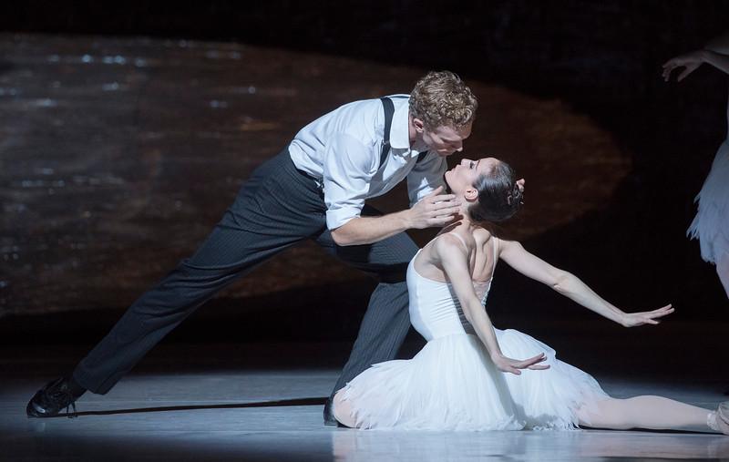 'Swan Lake' Ballet performed by the Australian Ballet at the London Coliseum, UK