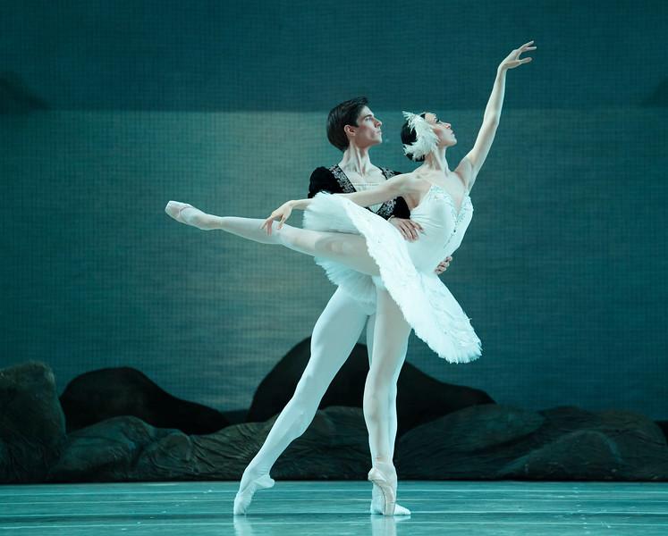 'Swan Lake' Ballet performed by the Mariinsky Ballet at the Royal Opera House, London, UK