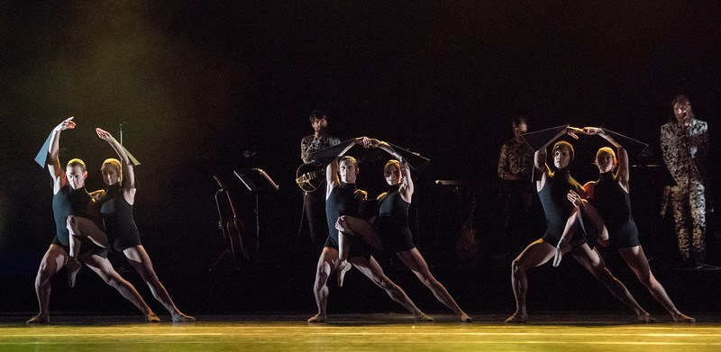 "'Carbon Life"" Ballet choreographed by Wayne McGregor performed by the Royal Ballet at the Toyal Opera House, London, UK"
