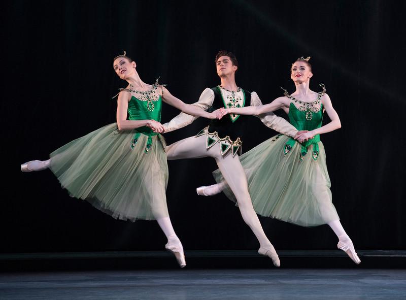 Valeri Hristov  Beatriz Stix-Brunell Laura Morera<br /> ©Alastair Muir 03.04.17<br /> Jewels-Emeralds 152