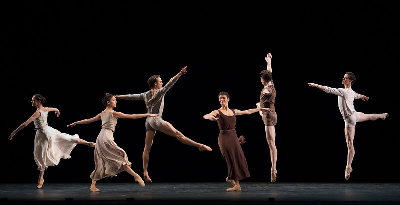 'The Illustrated 'Fairwell'' Dance choreographed by Twyla Tharp performed by the Royal Ballet at the Royal Opera House, London, UK