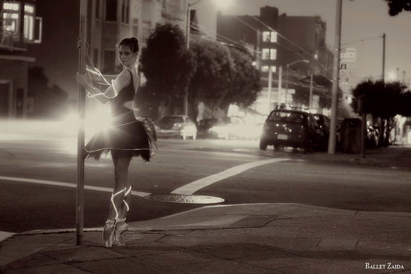 Dancer - Elizabeth Powell.<br /> <br /> Location - San Francisco, California.<br /> <br /> © 2010 Oliver Endahl