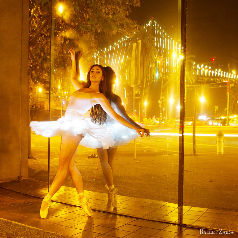 Dancer - Avalon Demetri.<br /> <br /> Location - San Francisco, California.<br /> <br /> © 2013 Oliver Endahl