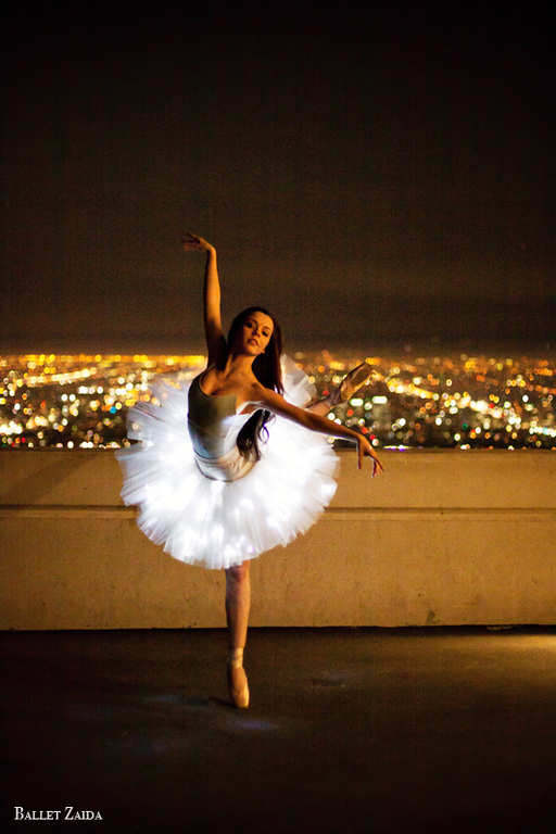 Dancer - Morgan Quinn.<br /> <br /> Location - Griffith Observatory. Los Angeles, California.<br /> <br /> © 2012 Oliver Endahl