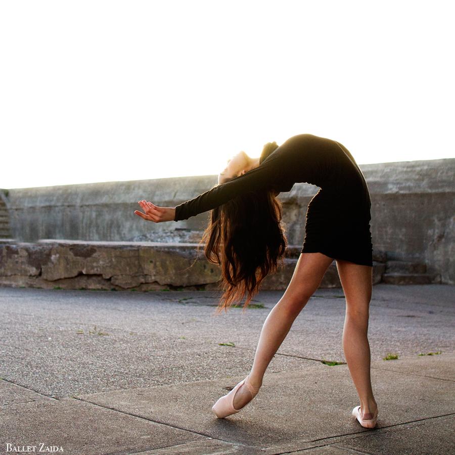 Dancer - Natasha Sheehan. <br /> <br /> Location - San Francisco, California.<br /> <br /> © 2013 Oliver Endahl