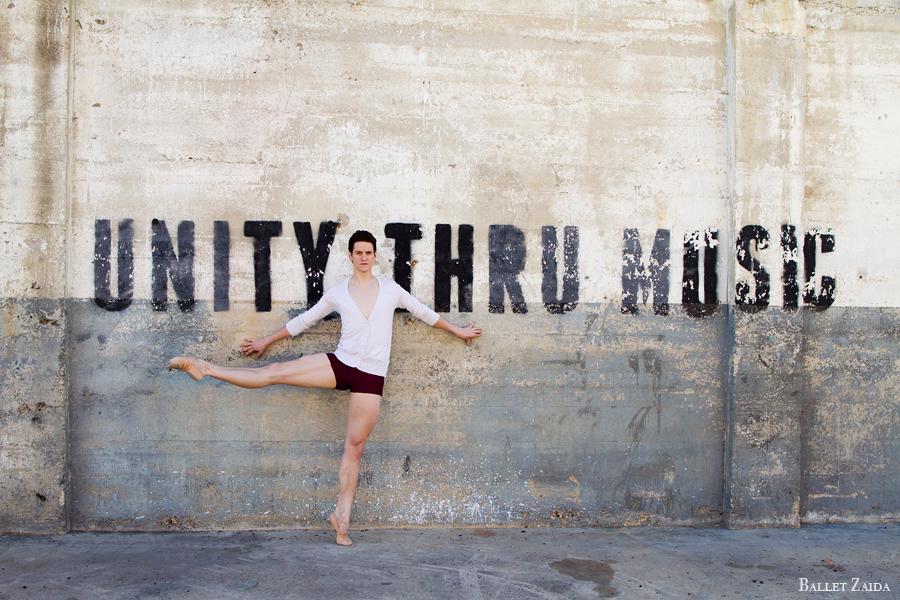 Dancer - Adam Boreland.<br /> <br /> Location - Dallas, Texas.<br /> <br /> © 2013 Oliver Endahl