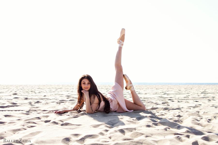 Dancer - Goldie Walberg.<br /> <br /> Location - Venice, California.<br /> <br /> © 2013 Oliver Endahl