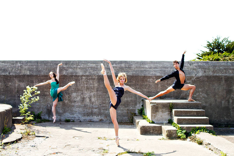 Dancers - Jordan Hammond, Nicole Voris & Steven Morse.<br /> <br /> Location - San Francisco, California. <br /> <br /> © 2013 Oliver Endahl