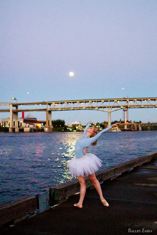 Dancer - Jessica Lind.<br /> <br /> Location - Portland, Oregon.<br /> <br /> © 2013 Oliver Endahl