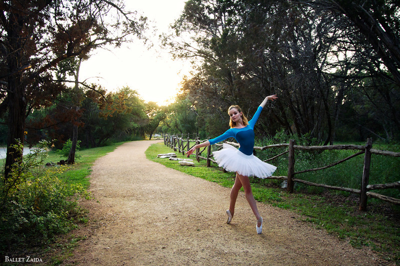 Dancer - Nicole Voris.<br /> <br /> Location - Austin, Texas.<br /> <br /> © 2012 Oliver Endahl