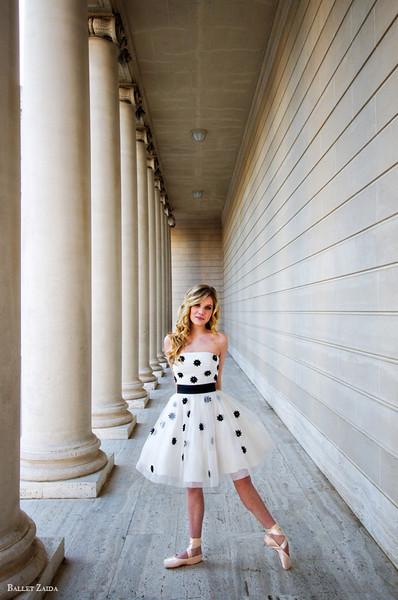 Dancer - Caroline Echerd.<br /> <br /> Location - The Legion of Honor. San Francisco, California. <br /> <br /> © 2012 Oliver Endahl