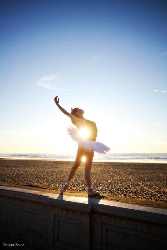 Dancer - Shannon Tse.<br /> <br /> Location - Ocean Beach. San Francisco, California.<br /> <br /> © 2012 Oliver Endahl