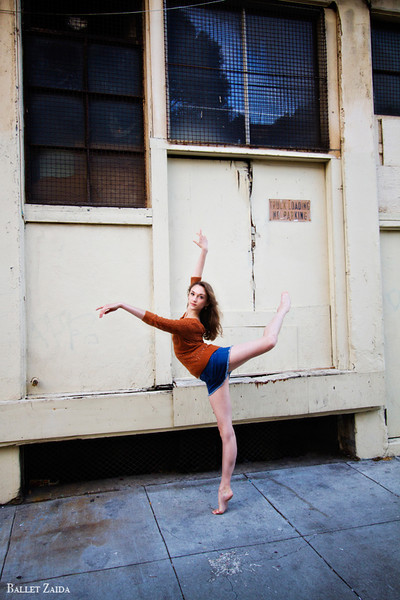 Dancer - Jeanette Kakareka.<br /> <br /> Location - San Francisco, California.<br /> <br /> © 2011 Oliver Endahl