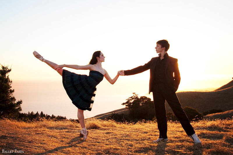 Dancers - Ellen Rose Hummel & Géraud Wielick.<br /> <br /> Location - Mount Tamalpais. Mill Valley, California.<br /> <br /> © 2011 Oliver Endahl