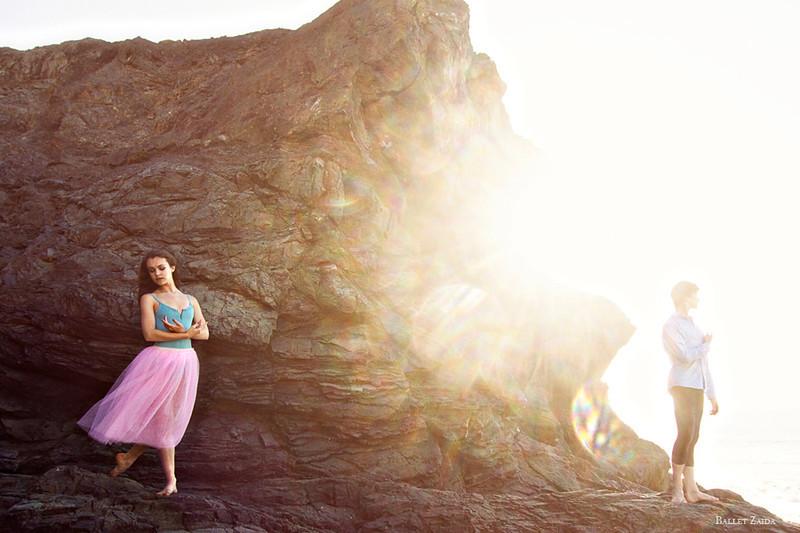 Dancers - Elise Gillum & Alexander Reneff-Olson.<br /> <br /> Location - China Beach. San Francisco, California.<br /> <br /> © 2012 Oliver Endahl
