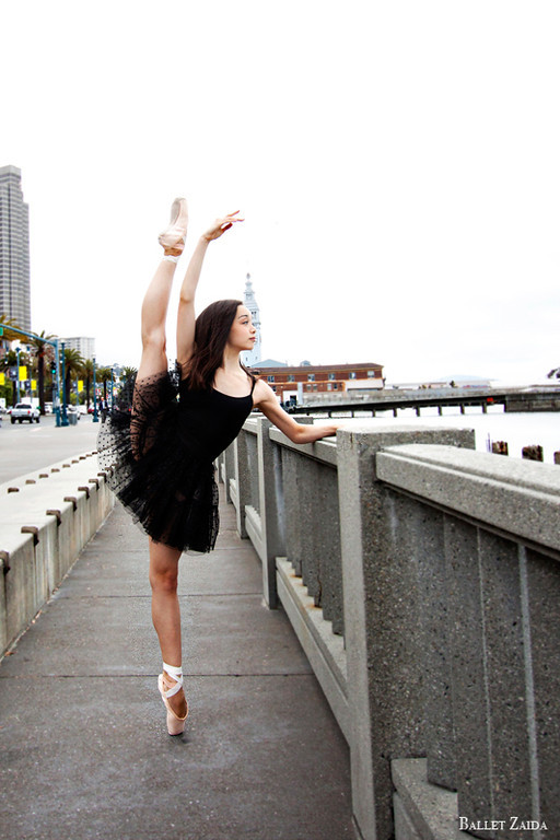 Dancer - Natasha Sheehan.<br /> <br /> Location - San Francisco, California.<br /> <br /> © 2012 Oliver Endahl