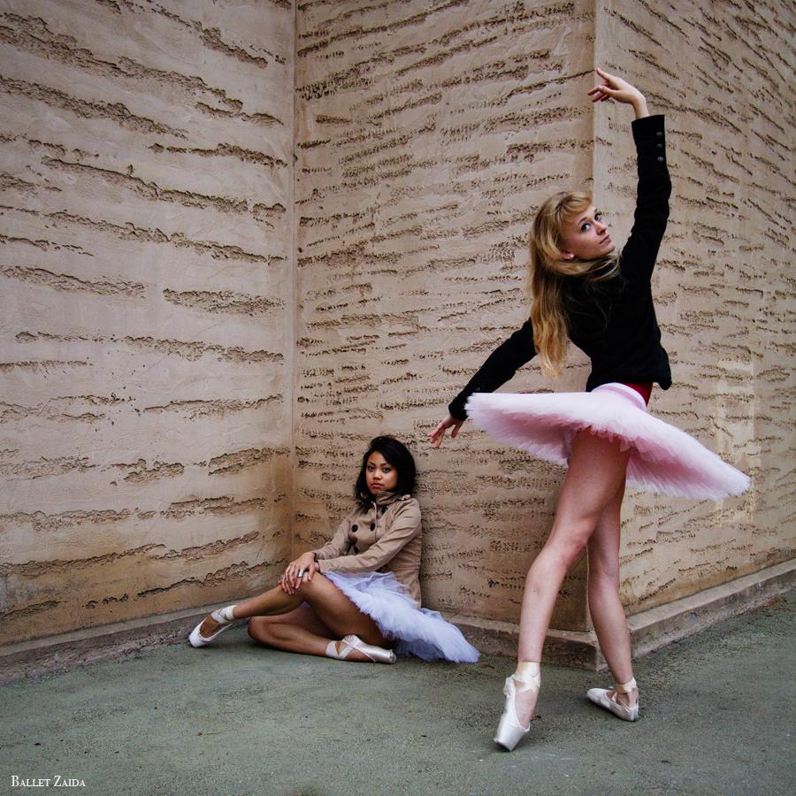 Dancers - Jeraldine Mendoza & Alanna Endahl.<br /> <br /> Location - The Palace of Fine Arts. San Francisco, California.<br /> <br /> © 2011 Oliver Endahl