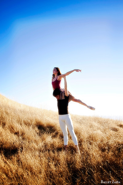 Dancers - Géraud Wielick & Ellen Rose Hummel.<br /> <br /> Location - Mt.Tam, California.<br /> <br /> © 2011 Oliver Endahl