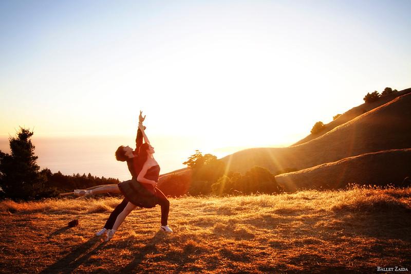 Dancers - Géraud Wielick & Ellen Rose Hummel.<br /> <br /> Location - Mount Tamalpais. Mill Valley, California.<br /> <br /> © 2011 Oliver Endahl