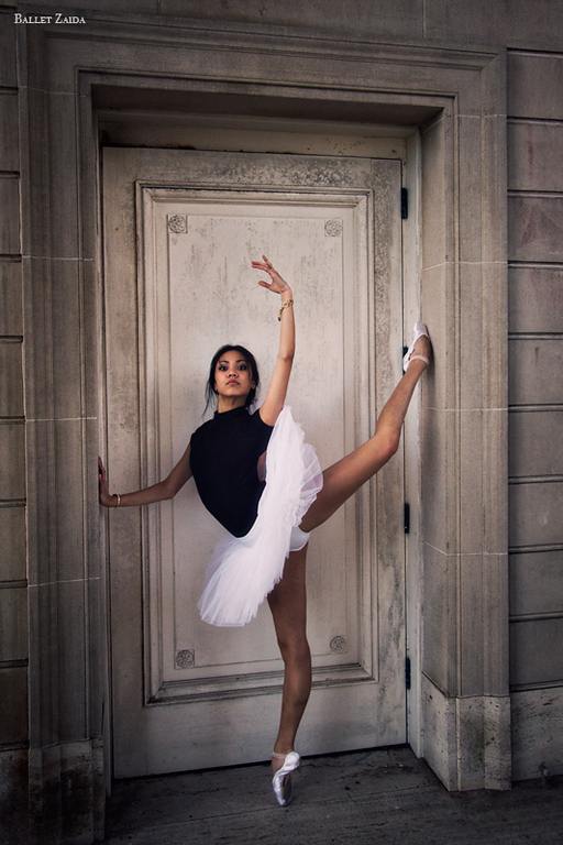 Dancer - Jeraldine Mendoza.<br /> <br /> Location - The Legion of Honor. San Francisco, California.<br /> <br /> © 2012 Oliver Endahl
