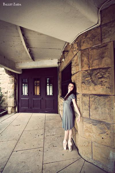 Dancer - Elise Gillum.<br /> <br /> Location - The Sharon Art Studio in Golden Gate Park. San Francisco, California.<br /> <br /> © 2012 Oliver Endahl