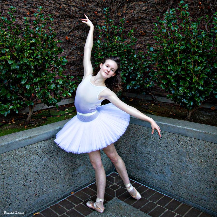 Dancer - Caroline Hearst.<br /> <br /> Location - San Francisco, California.<br /> <br /> © 2012 Oliver Endahl