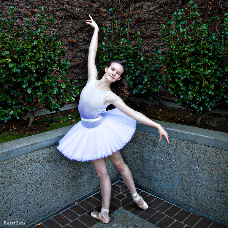 Dancer - Caroline Hearst.<br /> <br /> Location - San Francisco, California.<br /> <br /> © 2012 Oliver Endahl