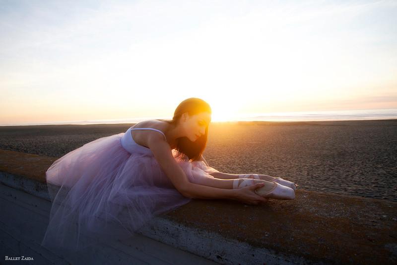 Dancer - Abigail Tilton.<br /> <br /> Location - Ocean Beach. San Francisco, California.<br /> <br /> © 2012 Oliver Endahl
