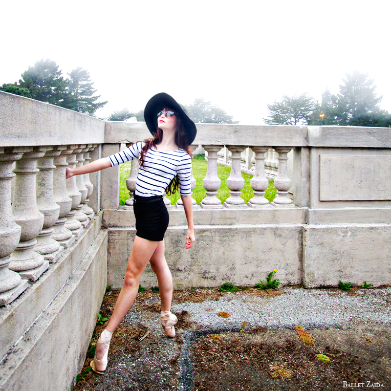Dancer - Maggie Rupp.<br /> <br /> Location - The Legion of Honor. San Francisco, California.<br /> <br /> © 2012 Oliver Endahl