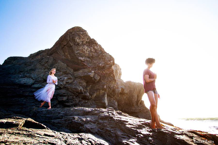 Dancers - Alanna Endahl & John Rowan.<br /> <br /> Location - China Beach. San Francisco, California.<br /> <br /> © 2012 Oliver Endahl