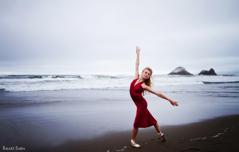 Dancer - Alanna Endahl.<br /> <br /> Location - Ocean Beach. San Francisco, California.<br /> <br /> © 2011 Oliver Endahl