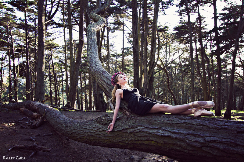Dancer - Caroline Echerd.<br /> <br /> Location - San Francisco, California.<br /> <br /> © 2012 Oliver Endahl