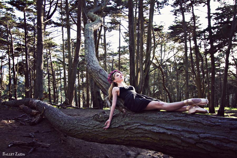 Dancer - Caroline Echerd.<br /> <br /> Location - San Francisco, California.<br /> <br /> © 2012 Oliver Endahl