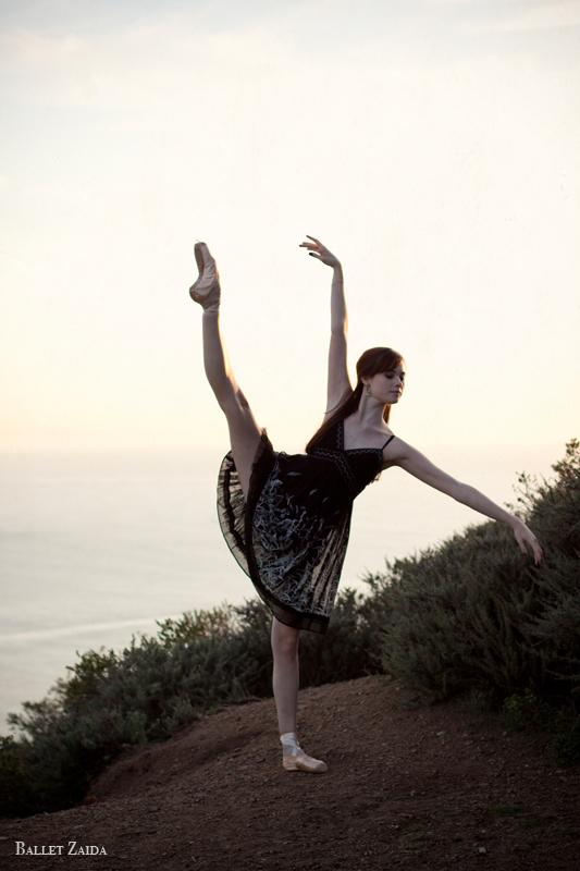 Dancer - Elizabeth Powell.<br /> <br /> Location - Marin Headlands. Sausalito, California.<br /> <br /> © 2011 Oliver Endahl