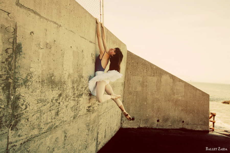 Dancer - Emma Rubinowitz.<br /> <br /> Location - San Francisco, California.<br /> <br /> © 2011 Oliver Endahl