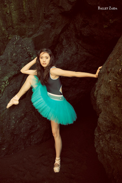 Dancer - Audrey Solomon.<br /> <br /> Location - Marin Headlands. Sausalito, California.<br /> <br /> © 2011 Oliver Endahl