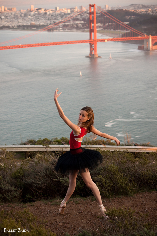 Dancer - Nicole Voris.<br /> <br /> Location - Marin Headlands. Sausalito, California.<br /> <br /> © 2011 Oliver Endahl