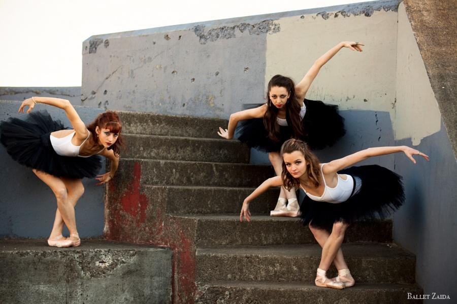 Dancers - Bryn Gilbert, Jordan Hammond, Nicole Voris.<br /> <br /> Location - Marin Headlands. Sausalito, California.<br /> <br /> © 2011 Oliver Endahl