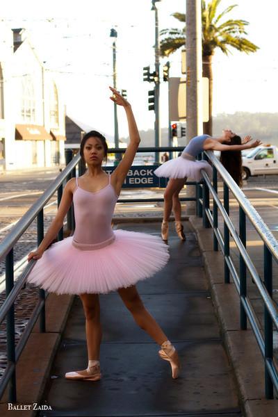 Dancers - Jeraldine Mendoza & Emma Rubinowitz.<br /> <br /> Location - San Francisco, California.<br /> <br /> © 2011 Oliver Endahl